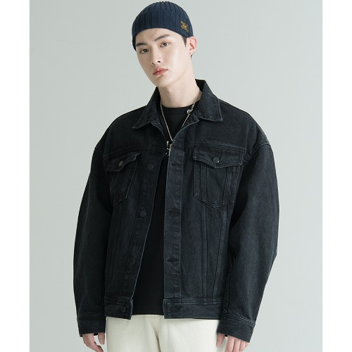 BLACK WASHED DENIM TRUCKER (4월간만 추가세일)